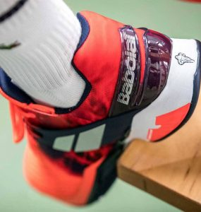 Chaussure de tennis babolat : un choix adapté à tous les budgets principale