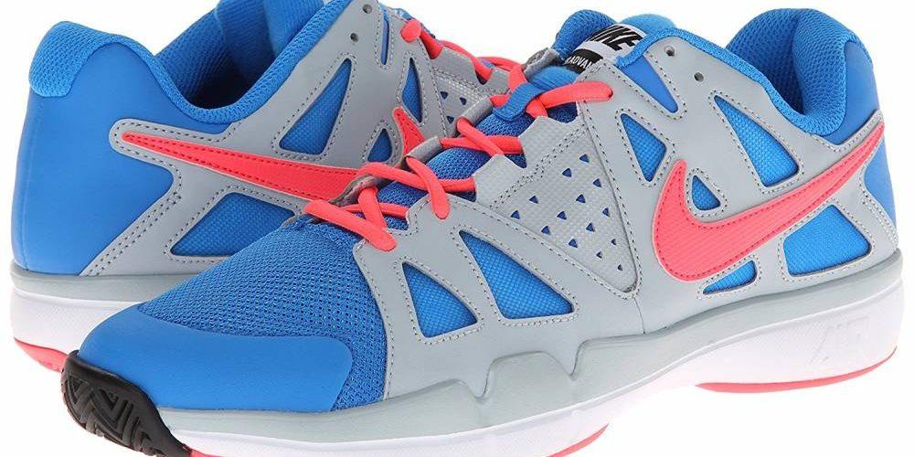 chaussure de tennis nike principale